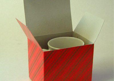 Red & gold strip box